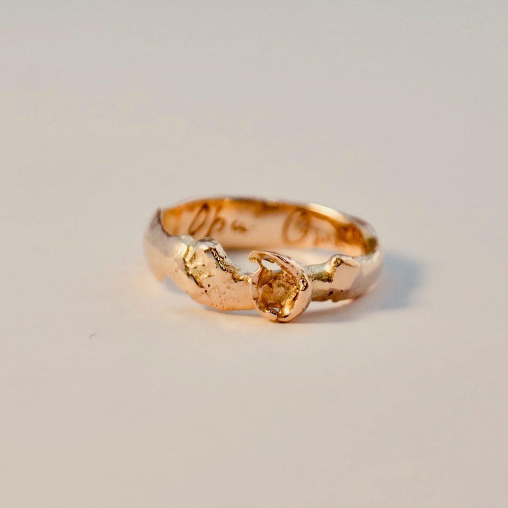 gouden ring organisch