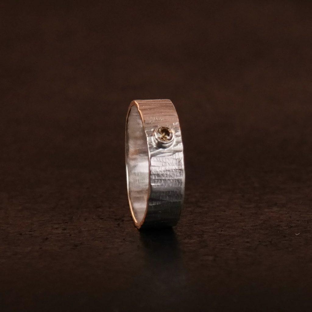 ring met bruine diamant